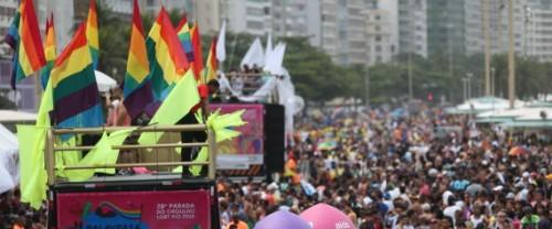 RJ - ORGULHO GAY/RIO - CIDADES - Acontece neste domingo o 20ª desfile da   Parada do Orgulho LGBT na Praia de   Copacabana no Rio de Janeiro.   15/11/2015 - Foto: FÁBIO MOTTA/ESTADÃO CONTEÚDO