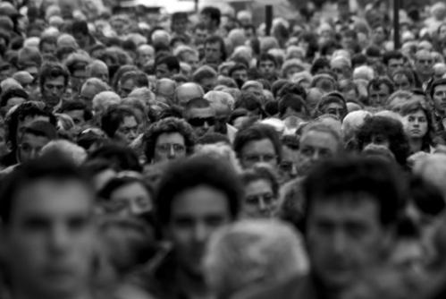 150924-Multidão