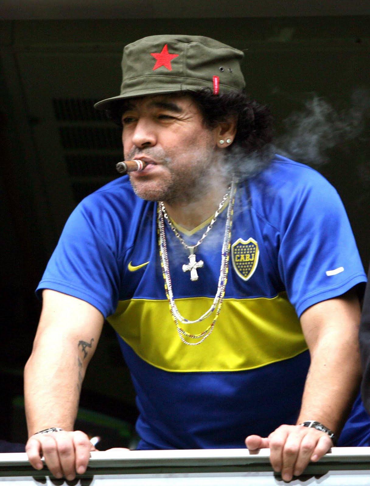 Resultado de imagem para imagens de Maradona